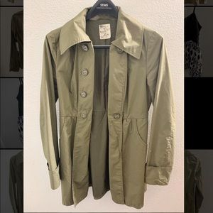 Tulle Women's Olive Army Green Jacket Size Small